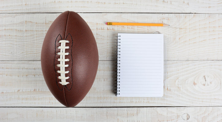How to Throw the Best Fantasy Football Draft Party